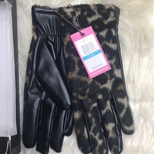 Vince Camuto Gloves Animal Print & Faux Leather